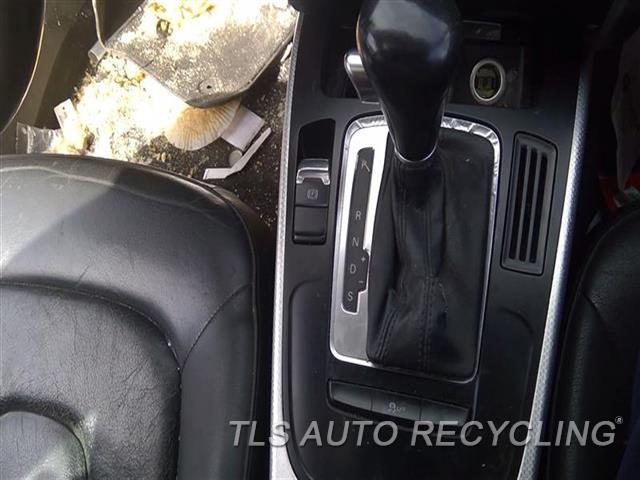2011 Audi A4 Audi Transmission Shifter  BLK
