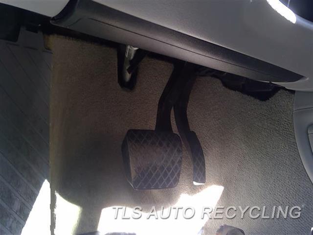 2013 Audi A8 Audi Air Bag  LH,FRONT, DRIVER, KNEE