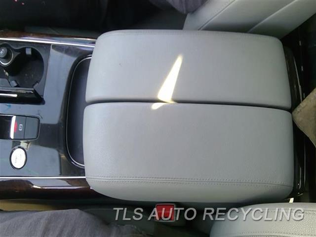 2013 Audi A8 Audi Console Rear And Rear  GRY,(FLOOR), W/O REAR SEAT RECLINE