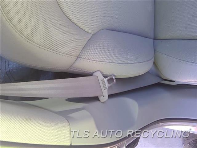 2013 Audi A8 Audi Seat Belt Front  GRY,(BUCKET SEAT), PASSENGER, RETRA
