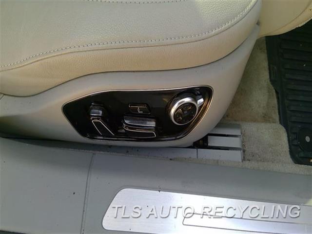2013 Audi A8 Audi Seat, Front  RH,GRY,LEA,(AIR BAG), (LEATHER), (E