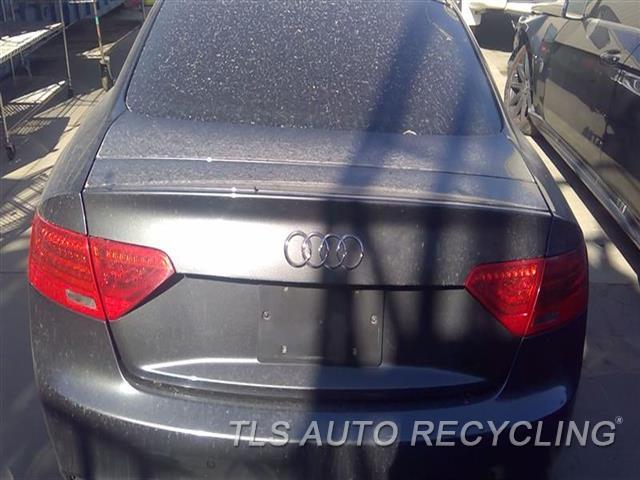 2014 Audi Rs5 Audi Deck Lid  000,GRY,CPE,W/LIGHTS