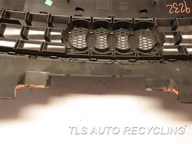 2008 Audi Tt Audi Grille TWO DAMAGE UPPER TABS ON THE MIDDLE SECTION GRAY GRILLE NIQ