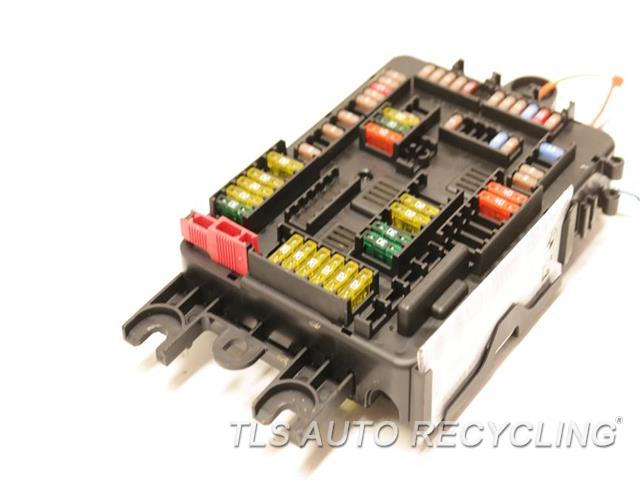 2014 bmw 328d relay junction box 926111003 used a grade. Black Bedroom Furniture Sets. Home Design Ideas