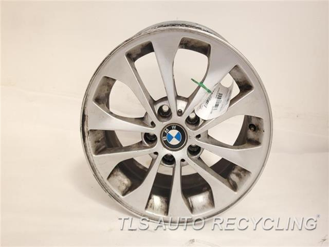 2011 bmw 328i wheel has curb rash17x7 alloy 10 spoke wheel. Black Bedroom Furniture Sets. Home Design Ideas