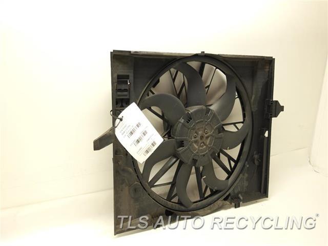 2004 Bmw 530i Rad Cond Fan Assy  RADIATOR FAN ASSEMLBLY 17427543282