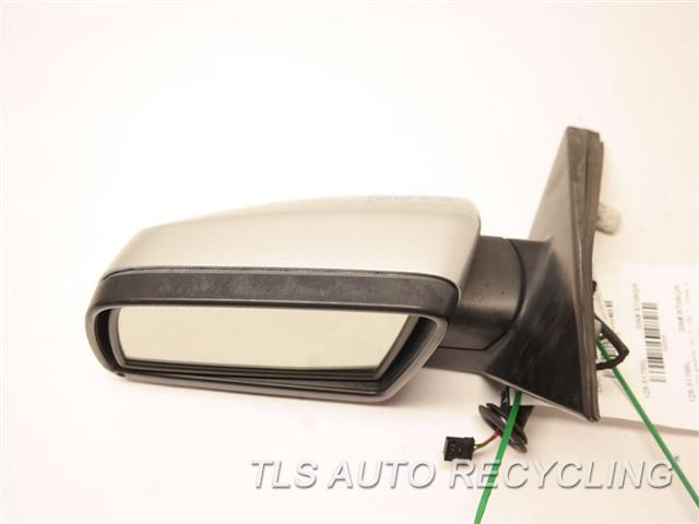 2007 Bmw 530i Side View Mirror W/ PUDDLE LAMPS, MINOR SCRATCHES DRIVER SIDE VIEW MIRROR