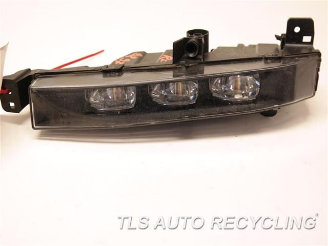 2017 Bmw 740i Front Lamp  RH,FOG-DRIVING,(BUMPER MOUNTED) LED