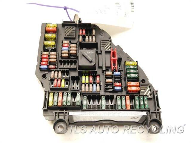 bmw_740il_2013_fuse_box_engine_214183_01 2013 bmw 740il fuse box 61149264924rear power distribution box fuse box lifetime warranty at nearapp.co