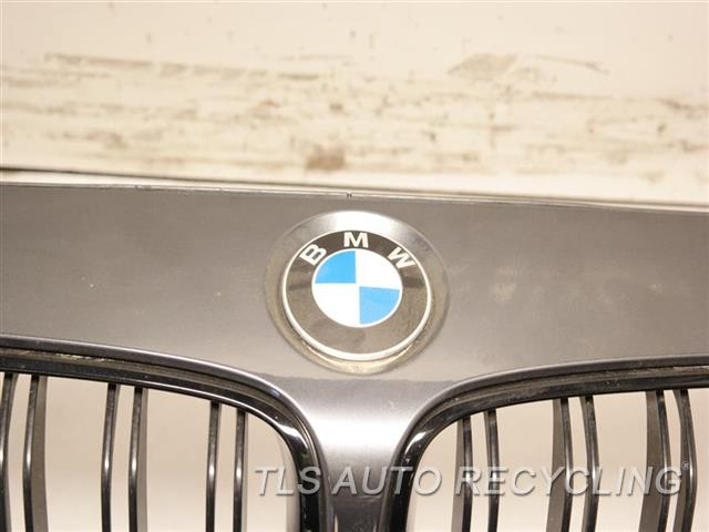 2016 Bmw M4 Bumper Cover Front SCUFFS BOTTOM, W/ GRILLE, W/ SIDE CAMERA, W/HEADLAMP WASHERS 4S3,GRAY FRONT BUMPER ASSEMBLY