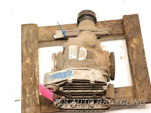 2006 Bmw M5 Rear Differential  (3.62 RATIO)