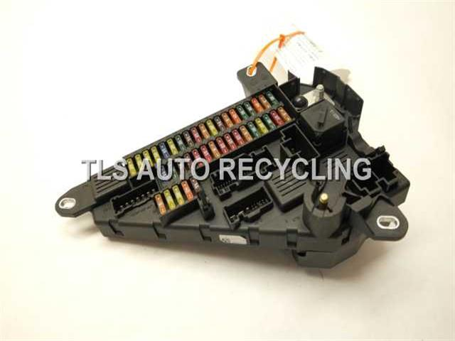 2006 bmw m5 fuse box 61146906618 used a grade 2006 bmw m5 fuse box trunk mount fuse box 61146906618