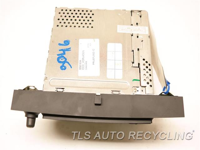 2006 Bmw M5 Radio Audio / Amp 65836987690 AM-FM-CD RECEIVER, MP3 CONTROL, NAV