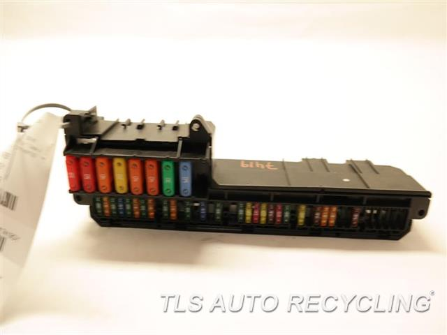 bmw_m6_2006_fuse_box_engine_344147_01 2006 m6 fuse box 2006 wiring diagrams collection  at love-stories.co