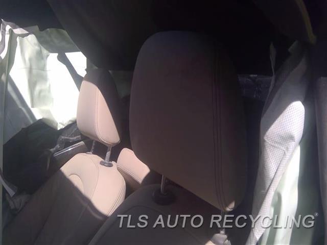 2016 Bmw X1 Headrest  TAN LEATHER FRONT