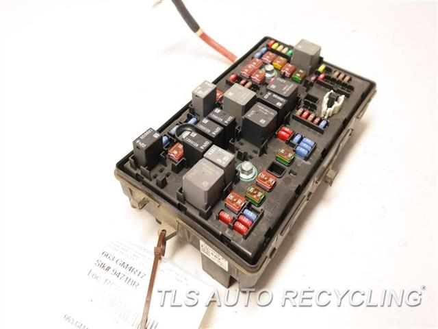 2017 Buick Regal - Fuse Box 13272072 - Used