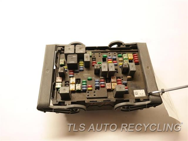 2007 cadillac escalade fuse box 19210437 used a grade. Black Bedroom Furniture Sets. Home Design Ideas