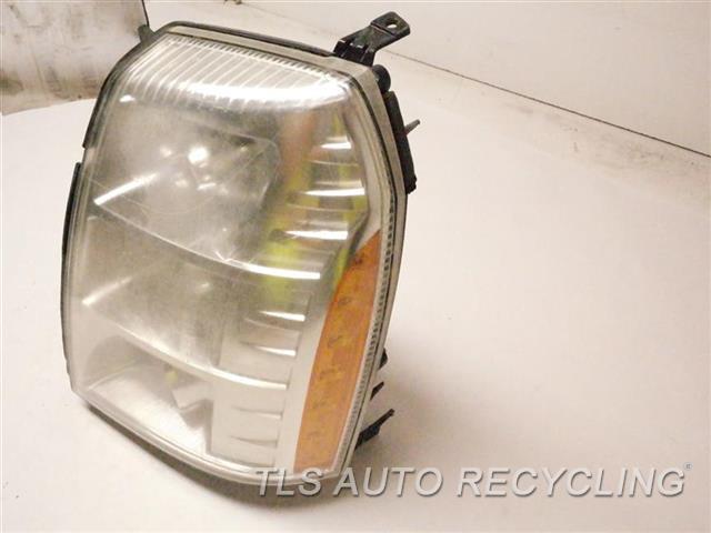 2007 Cadillac Escalaesv Headlamp Assembly MINOR DAMAGED LOWER TAB, NEED BUFF LH. HID HEADLAMP