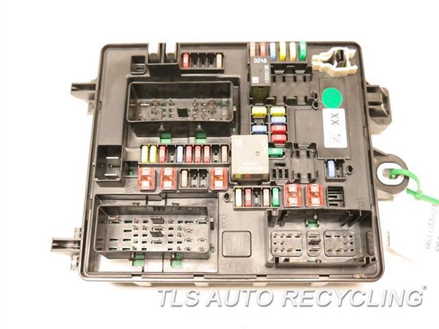 2011 Cadillac Srx - Rear Fuse Box 20788234 - Used
