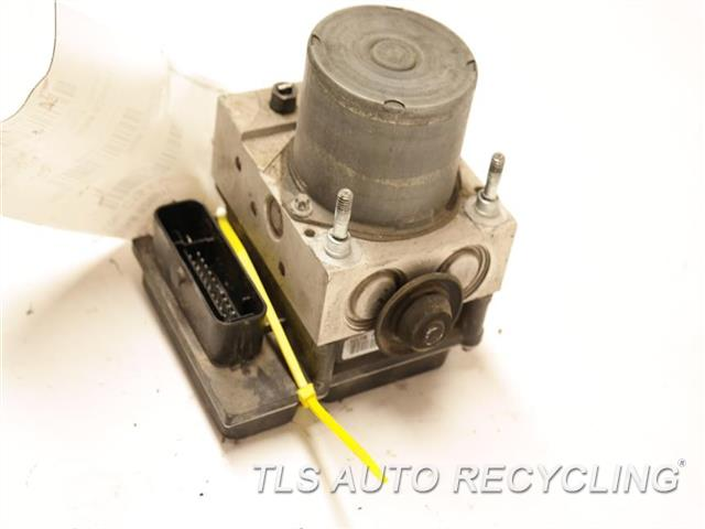 2012 Fiat 500 Fiat Abs Pump TYA1232B1120 ASSEMBLY, (2 DR) P68073251AG