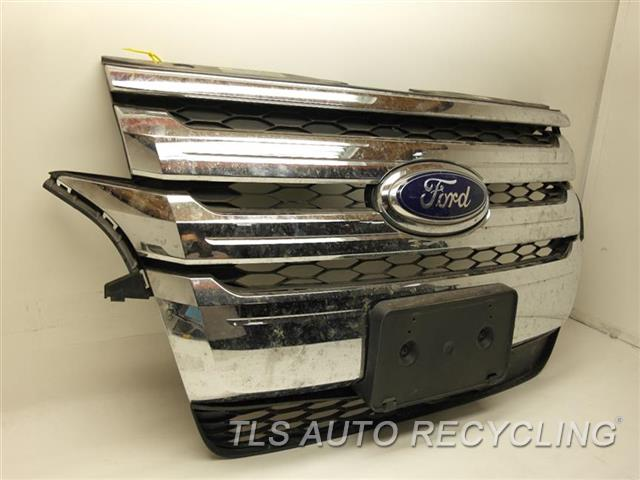 Ford Edge Grille Btza Btzc Btzd Btze Btzaa Lower Mounting Tabs Have Damage Chrome Grille