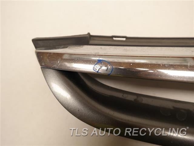 2006 Honda Accord Grille CHROME HAS SMALL BUBBLES SILVER  GRILLE