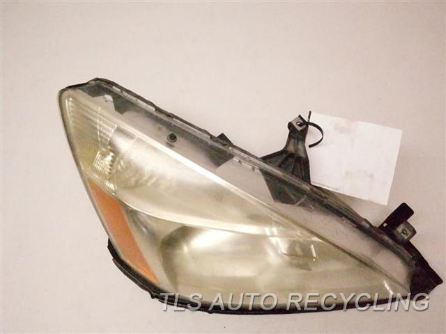2006 Honda Accord Headlamp Assembly NEED BUFF RH. HALOGEN HEADLAMP