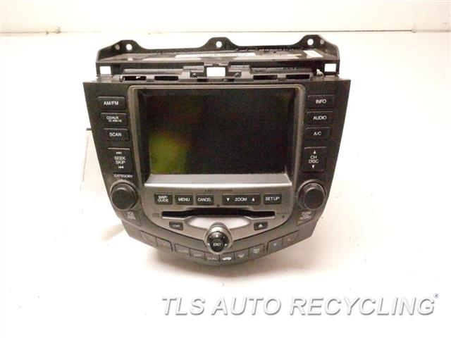 2006 Honda Accord Radio Audio / Amp 39051SDAL510 AM-FM, 6 CD CHANGER W/DISPLAY SCREEN