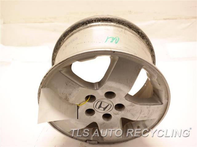 2003 Honda Element Wheel MINOR MARKS ON THE OUTER EDGE 16x6-1/2 ALLOY WHEEL 5 SPOKE