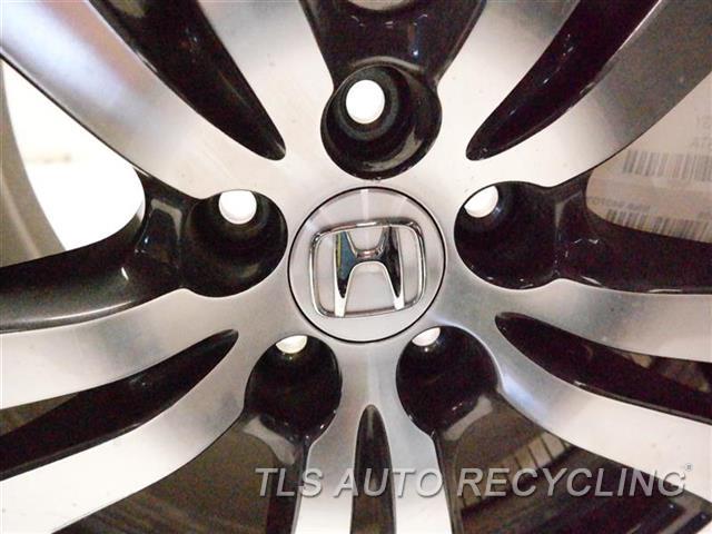 2018 Honda Pilot Wheel  18X8 ALLOY WHEEL