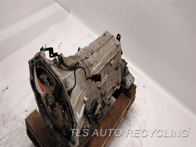 2012 Hyundai Genesis Transmission BROKEN OIL PAN AUTOMATIC TRANSMISSION 1 YR WARRANTY
