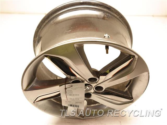 2013 Hyundai Veloster Wheel HAS CURB RASH 18X7-1/2  GRAY ALLOY WHEEL