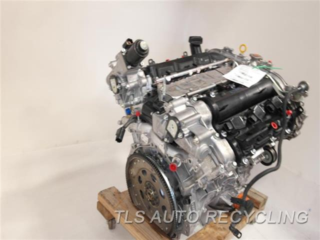2013 Infiniti G37 Engine Assembly