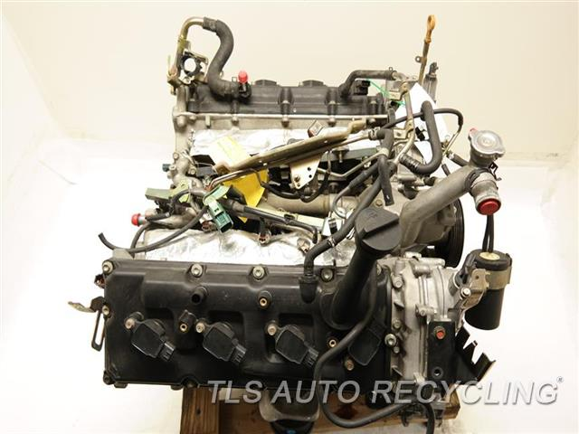 2006 Infiniti M45 Engine Assembly