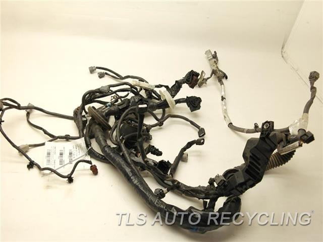 infiniti_q50_2014_engine_wire_harness_256530_01 2014 infiniti q50 engine wire harness 240114ga0a used a grade infiniti q50 main wiring harness at creativeand.co