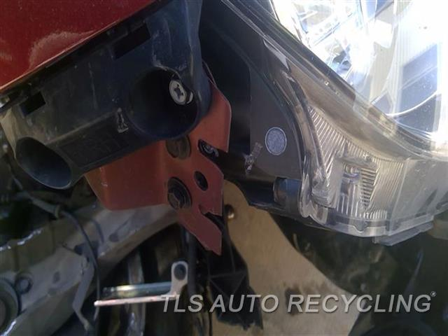 2014 Infiniti Q50 Headlamp Assembly UPPER TAB DAMAGED SIDE TAB DAMAGED RH,(LED), W/O ADAPTIVE HEADLAMPS, R