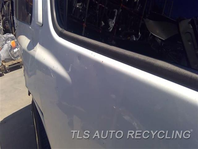 2008 Infiniti Qx56 Door Assembly, Rear Side 2 DENTS UPPER SECTION 5D2,RH,WHT,(ELECTRIC), R.