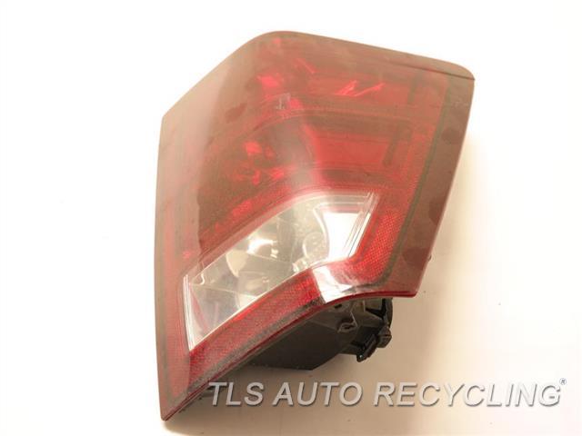 2005 Jeep Grandcher Tail Lamp 55156614AF PASSENGER SIDE TAIL LAMP 55156614AD