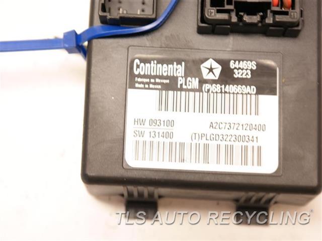 2014 Jeep Grandcher Chassis Cont Mod  68140669AD LIFTGATE MODULE
