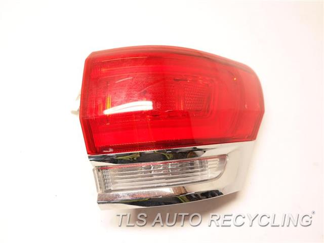 2014 Jeep Grandcher Tail Lamp  RH,QUARTER PANEL TAIL LAMP