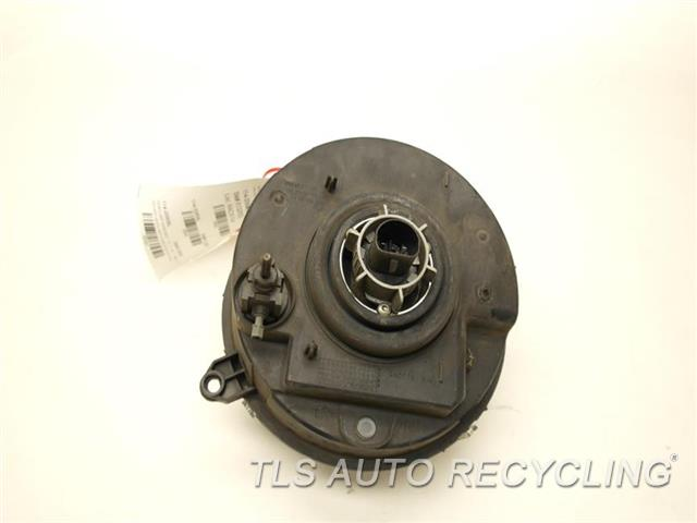 2006 Jeep Liberty Headlamp Assembly  DRIVER HEADLAMP COMPLETE 55157141AA