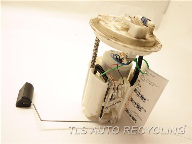 2010 Jeep Wrangler Fuel Pump - 68003339 - Used