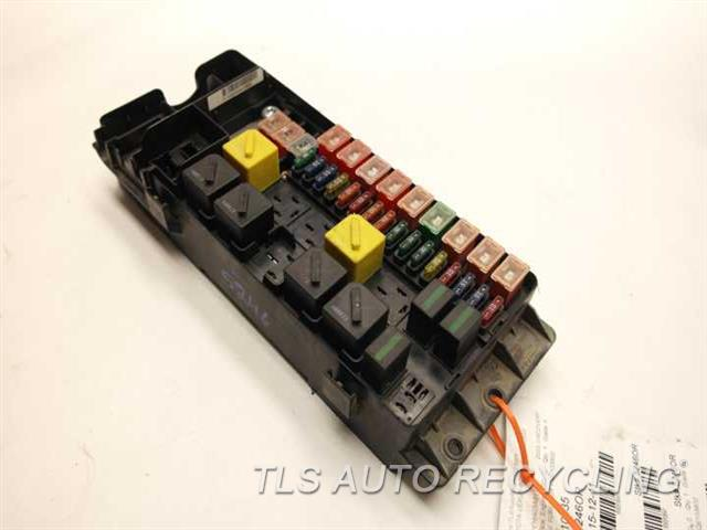 2003 Land Rover DISCOVERY fuse box ONE DAMAGED TABENGINE