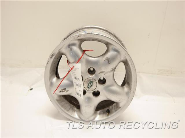 2005 Land Rover Freelandr Wheel SCUFF ON THE FACE 16X6 5 SPOKE ALLOY WHEEL