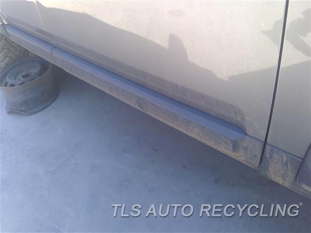 2011 Land Rover Lr4 Door Molding, Front  RH FRONT DOOR MOULDING BLK TEXTURED