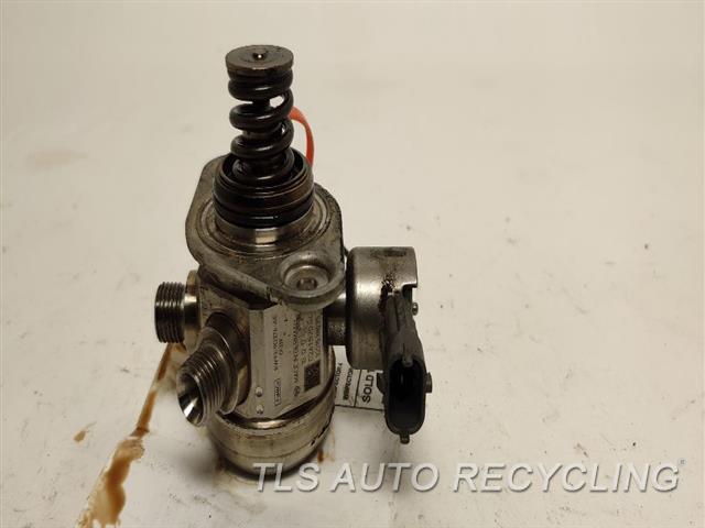 2011 Land Rover Lr4 Fuel Pump  5.0L,PUMP ONLY, (5.0L), ENGINE MOUN
