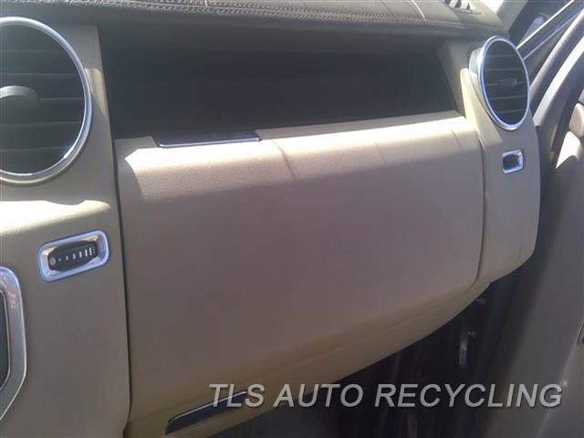 2011 Land Rover Lr4 Glove Box  TAN,UPPER