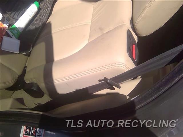 2011 Land Rover Lr4 Seat Belt Rear  BLK,LH,OUTER