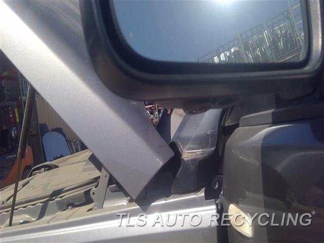 2011 Land Rover Lr4 Side View Mirror  LH,GRY,POWER, POWER FOLDING (PAINTE