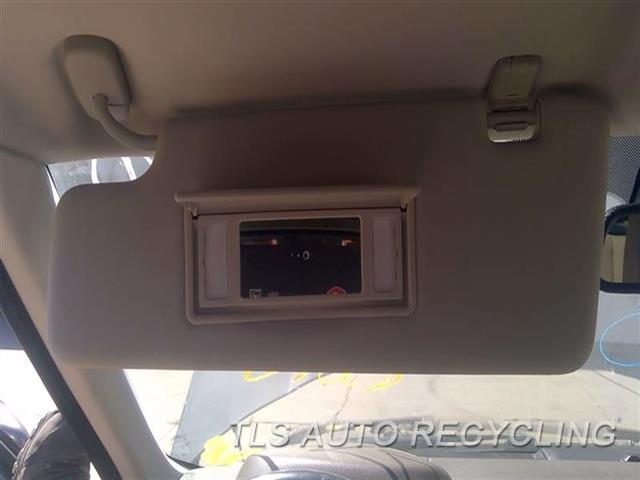 2011 Land Rover Lr4 Sun Visor/shade  LH,TAN,ILLUMINATION, L.